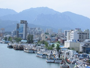 Sokcho..surrounded by the stunning mountains of Sereoksan.